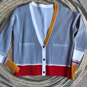 Vintage grey v-neck button down sweater cardigan